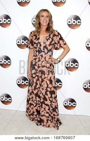 LOS ANGELES - JAN 10:  Felicity Huffman at the Disney/ABC TV TCA Winter 2017 Party at Langham Hotel on January 10, 2017 in Pasadena, CA