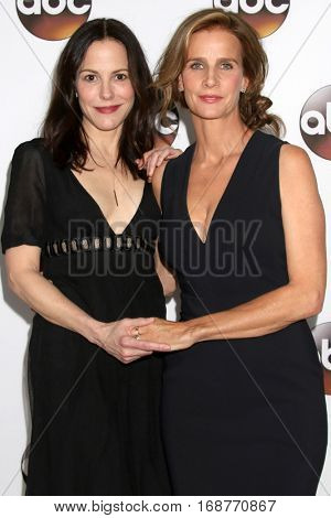 LOS ANGELES - JAN 10:  Rachel Griffiths, Mary Louise-Parker at the Disney/ABC TV TCA Winter 2017 Party at Langham Hotel on January 10, 2017 in Pasadena, CA