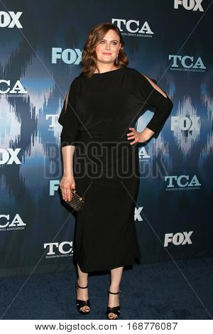 LOS ANGELES - JAN 11:  Emily Deschanel at the FOX TV TCA Winter 2017 All-Star Party at Langham Hotel on January 11, 2017 in Pasadena, CA