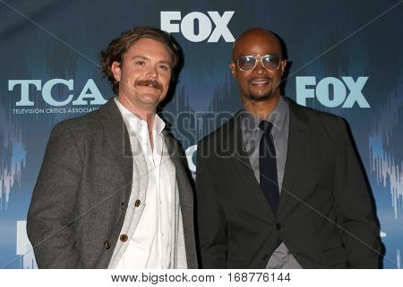 LOS ANGELES - JAN 11:  Clayne Crawford, Damon Wayans Sr at the FOX TV TCA Winter 2017 All-Star Party at Langham Hotel on January 11, 2017 in Pasadena, CA