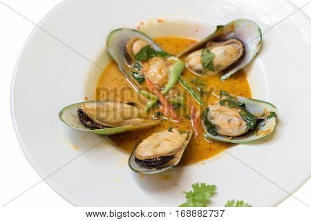 New Zealand Mussel Steamed with Curry Coconut Milk