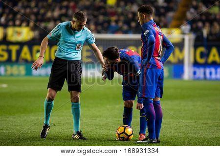 VILLARREAL, SPAIN - JANUARY 8: Referee, Leo Messi (C) and Neymar during La Liga soccer match between Villarreal CF and FC Barcelona at Estadio de la Ceramica on January 8, 2016 in Villarreal, Spain