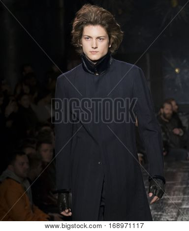 John Varvatos - Men Fall Winter 2017 Mens Show