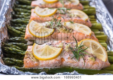 Baked salmon and asparagus with wild garlic mayonnaise