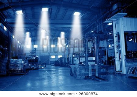 an image of a warehouse in day time