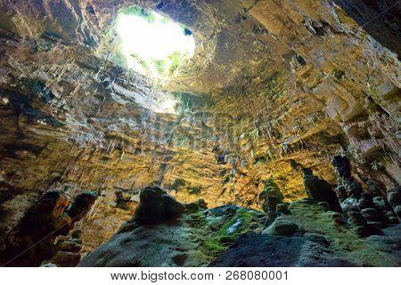 Grotta Di Castellano, Apulia, Italy - Exploring The Huge Cave Underground