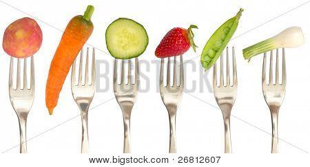 Gemüse und Obst auf die Auflistung der Gabeln, Diät-Konzept