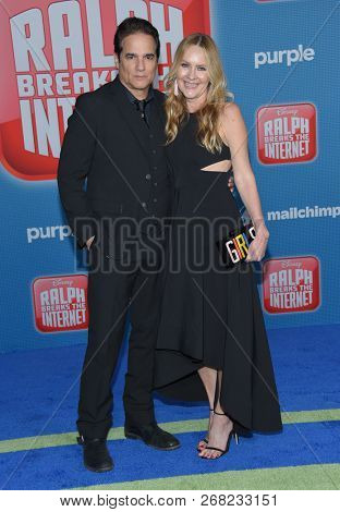 LOS ANGELES - NOV 05:  Linda Larkin and Yul Vazquez arrives to the 'Ralph Breaks the Internet' World Premiere  on November 5, 2018 in Hollywood, CA