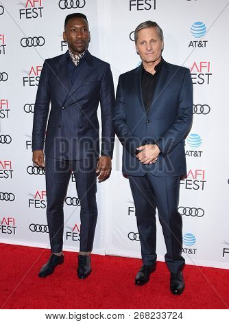 LOS ANGELES - NOV 09:  Mahershala Ali and Viggo Mortensen arrives to the