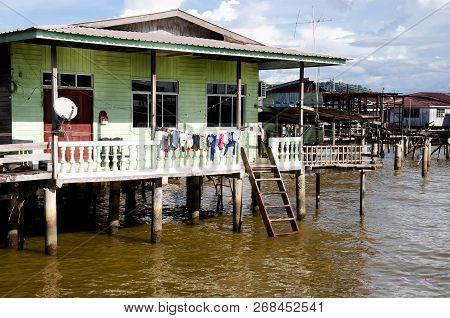 Kampong Ayer Village - Bandar Seri Begawan - Brunei
