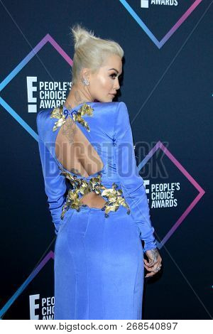 LOS ANGELES - NOV 11:  Rita Ora at the People's Choice Awards 2018 at the Barker Hanger on November 11, 2018 in Santa Monica, CA