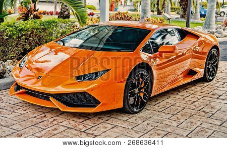 Miami, Florida, Usa-february 19, 2016: Supercar Lamborghini Aventador Orange Color Parked Next To Oc