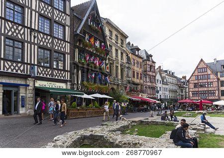 Rouen, France - August 30, 2018: The Old Market Place (place Du Vieux Marche) In Rouen - The Place W