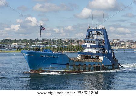 New Bedford, Massachusetts, Usa - September 15, 2018: Clammer Sea Watcher I Leaving New Bedford