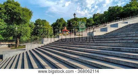 Odessa, Ukraine - June 11, 2019: This Is The Potemkin Stairs And A Cable Car Cabin Descending Past I