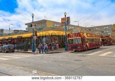 San Francisco, California, United States - August 14, 2016: San Francisco Bus Tour On Jefferson Road