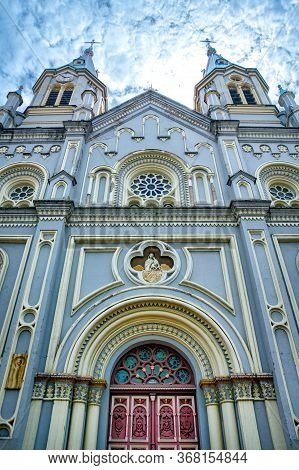 View Of The Facade Of The San Alfonso Church In Cuenca, Ecuador. Constructed In The Late 1800s, The
