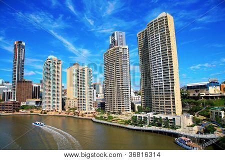 Brisbane River North Bank and City