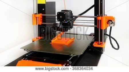 Cartesian 3d Printer Based On Fff (fused Filament Fabrication) Or Fdm (fused Deposition Modelling),