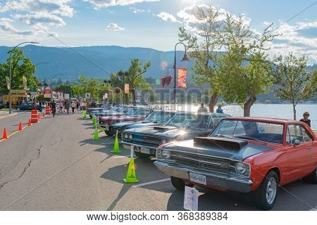 Penticton, British Columbia/canada - June 21, 2019: Rows Of Vintage Cars Line Lakeshore Drive For Th