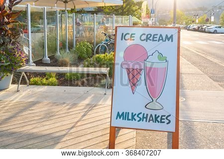 Penticton, British Columbia/canada - August 29, 2019: Sign Advertising Ice Cream And Milkshakes By P