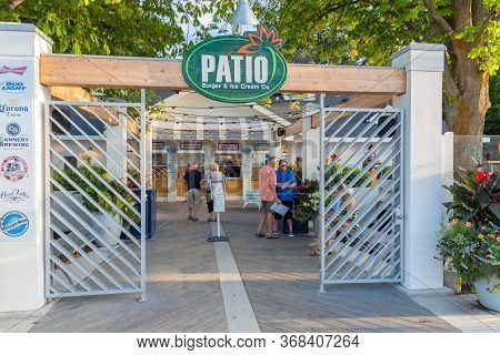 Penticton, British Columbia/canada - August 29, 2019:  Front Entrance Of Patio Burger And Ice Cream