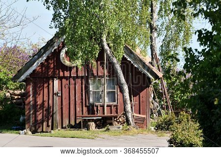 Traditional Fishermans House In Pervalka, Lithuania. Pervalka Is A Resort Town In Lithuania. Located