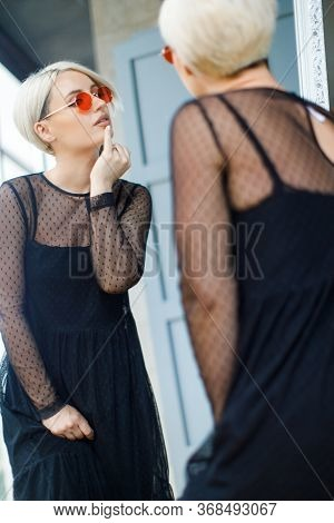 Black And White Fashion Beauty. Blond Girl With Short Hair Cut. Fine Art Portrait Of Blond Girl. Wom