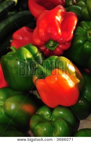 Green And Red Bell Peppers