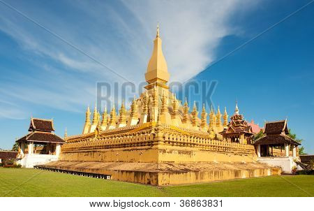 Pha That Luang Monument, Vientiane, Laos.