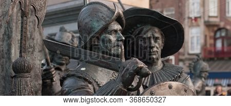 Night Watch, Rembrandt Square (rembrandtplein), Statue By Sculptor Louis Royer