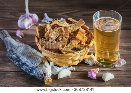 A Bouquet Of Fresh Beer And Snacks With Homemade, Salted, Rye Rusks With Garlic For Beer. Very Tasty