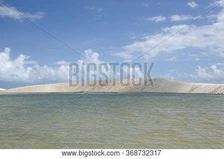 Tourist Attraction Lagoa Do Amancio In Jericoacoara, In Ceara, Northeastern Brazil - Tourist Destina