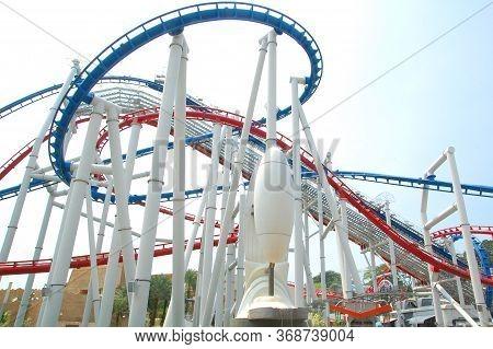 Sentosa, Sg - April 5 - Universal Studios Singapore Battlestar Galactica Roller Coaster Metal Rail T