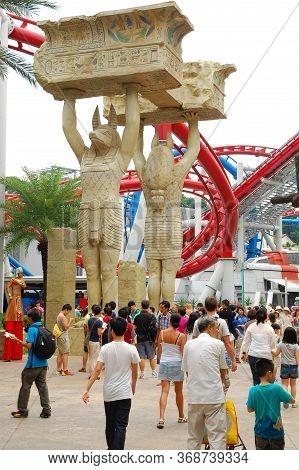 Sentosa, Sg - April 5 - Universal Studios Singapore Egyptian Theme On April 5, 2012 In Sentosa, Sing