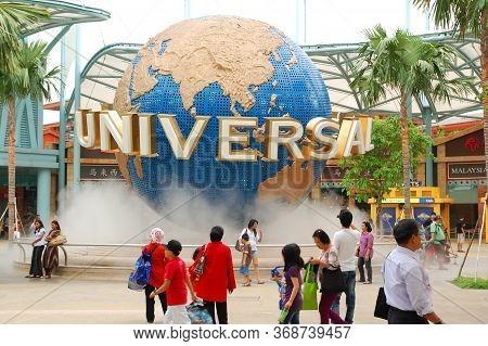 Sentosa, Sg - April 5 - Universal Studios Singapore Rotating Globe On April 5, 2012 In Sentosa, Sing