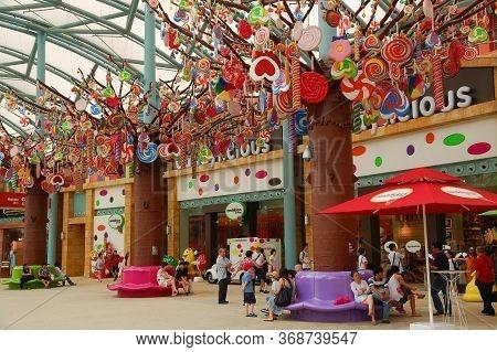 Sentosa, Sg - April 5 - Candylicious Store Facade On April 5, 2012 In Sentosa, Singapore.