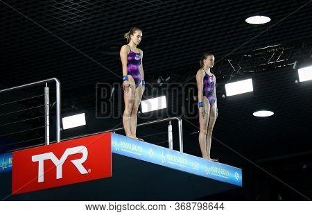 Kyiv, Ukraine - August 7, 2019: Iuliia Timoshinina And Ekaterina Beliaeva Of Russia Preparing To Div