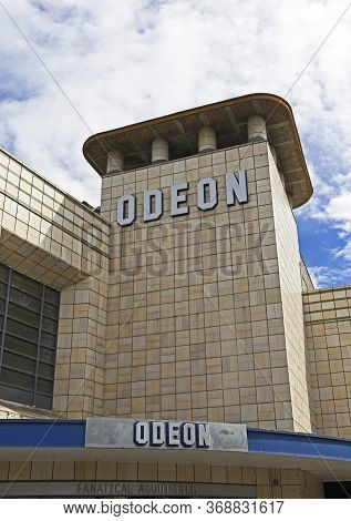 Weston-super-mare, Uk - July 5, 2019: The Art Deco Odeon Cinema, Which Opened In 1935 And Is A Grade