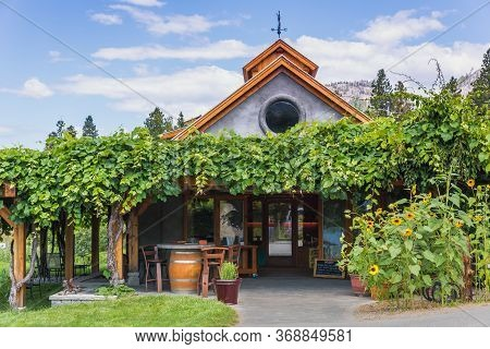 Okanagan Falls, British Columbia, Canada - Aug. 2016: Matheson Creek Farm In The Okanagan Valley. Th