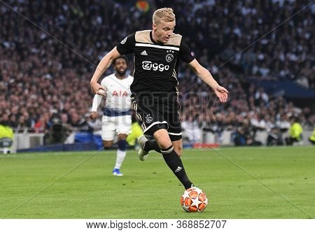 London, England - April 30, 2019: Donny Van De Beek Of Ajax Pictured During The First Leg Of The 201