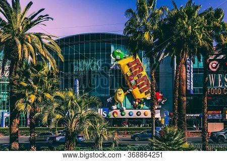 Las Vegas, Usa - January 11, 2020: Exterior Of M&m's World Candy Store On The Famous Strip. Traffic