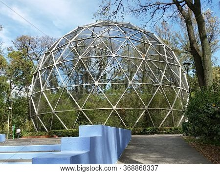Guadalajara, Mexico-april 2 2016: View Of The Geodesic Sphere Of The Agua Azul Park