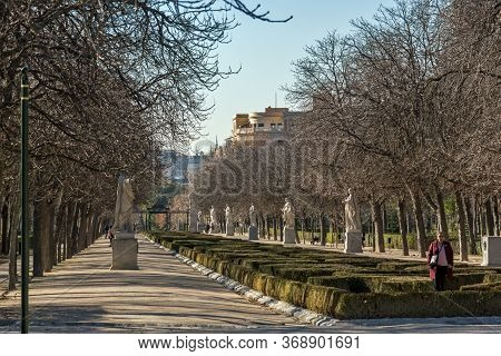 Madrid, Spain - January 22, 2018: Typical Alley In The Retiro Park In City Of Madrid, Spain