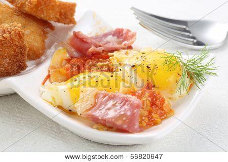 fried Bobwhite Quail Eggs with bacon