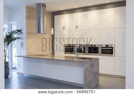 Designers Interior - Minimalist Kitchen