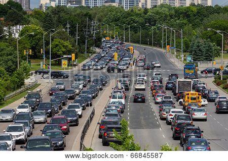 Heavy Traffic In Toronto