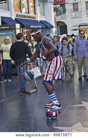 Street Performer On Hollywood Boulevard