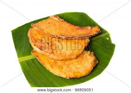 A serving of fried sweet potatoes (keledek goreng), a popular snack in Malaysia, Singapore