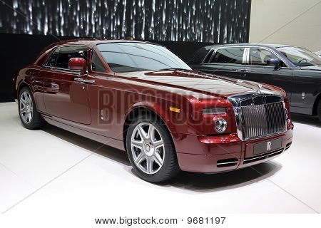 Rolls-royce Phantom Coupe At Paris Motor Show